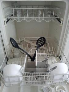 Kat's dishwasher